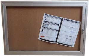 Lockable Noticeboard 6x9